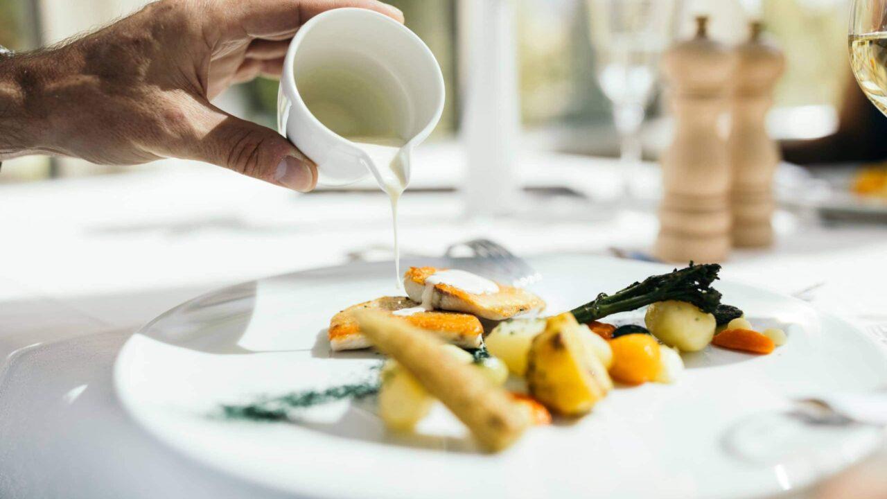 wiesenhof hotel achensee kulinarik paar 00116