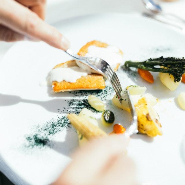 wiesenhof hotel achensee kulinarik paar 00118