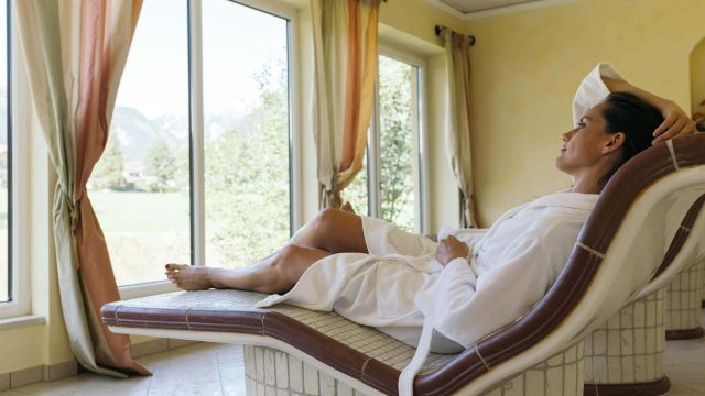 wiesenhof wellness sauna paar 00112